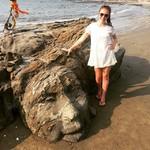 @instagram: #лицошивы #вскале #вагатор #гоа  #???? Существует много легенд о том, как появилось на пляже Лицо Будды. Но самая правдивая из них про скульптора из Италии по имени Антонио Кароли, который всю свою жизнь придерживается идей хиппи. В 70-е годы прошлого век