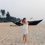 @instagram: Побывали мы на пляже Colva Beach. Ох сколько там народа, индусов, как видимо местный пляж плюс всех туда привозят из разных деревень и городов. Не понравилось совсем. Опять начали подбегать, фоткаться, мы уже говорим, что не хотим, уходим, а они настырные