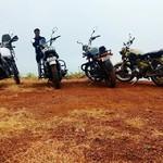 @instagram: #himalayan #thunderbird350 #thunderbird500 #desertstorm #hilltopgoa #hilltop #vagator #goan #goa