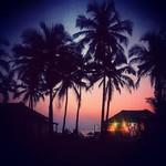 @instagram: Такая сильная тоска???? . . #goa#india#индия#гоа#отдых#вечер#оренбург#colva#колва#воспоминания#память#закат#туризм#путешествия#туроператор#пляж#море#тоска#вечерний#прогулка#фото#природа#пальмы#пейзаж#йога#хинди#ом#намасте#камни#минерал