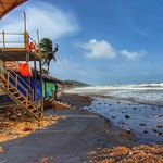 @instagram: #anjuna #beachvibes #wideangle #faded