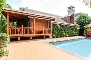 Wooden 3 bedroom villa in Morjim