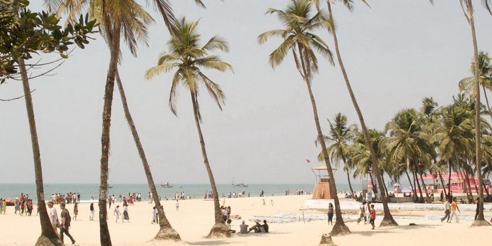 Вход на пляж Колва в Южном Гоа